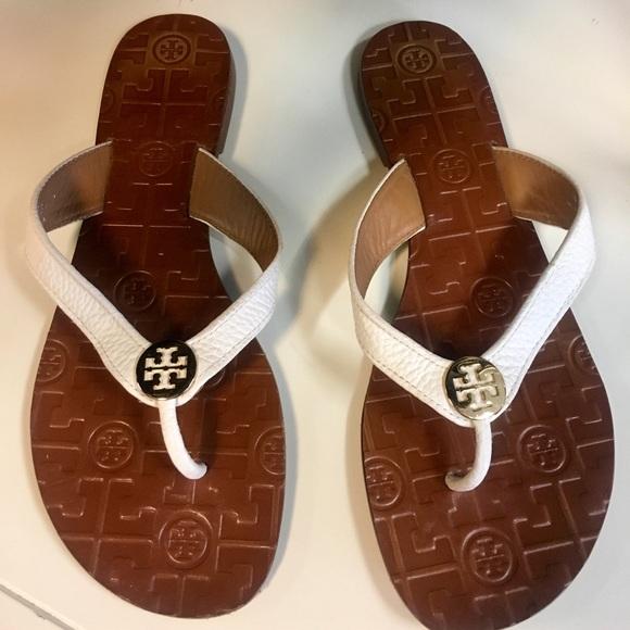 dd658c99606 NEW Tory Burch Sienna Flat Thong Sandal. M 5ada801c3a112e9cc0c07d6e